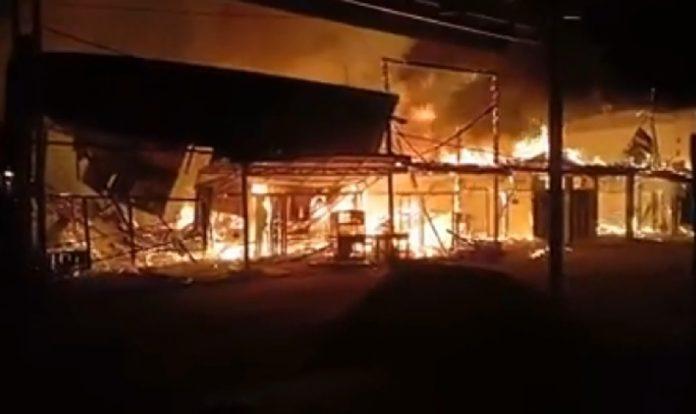 9 Rumah Warga Ludes Terbakar