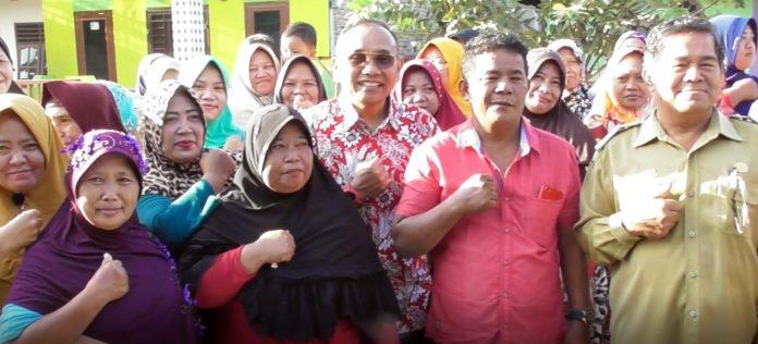 Senang Bisa Foto Bareng Haji Anton