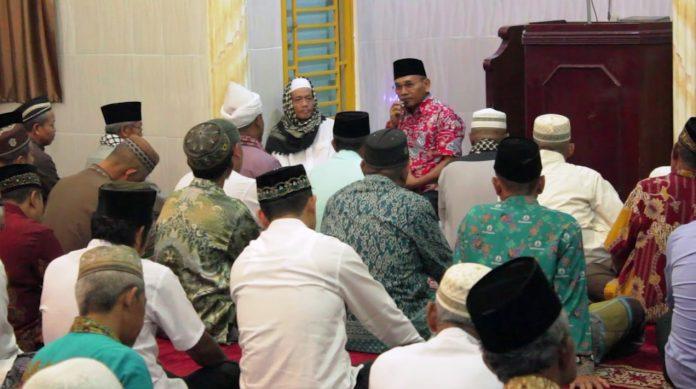 Haji Anton Safari Subuh Berjamaah Di Masjid Asy-syuhada