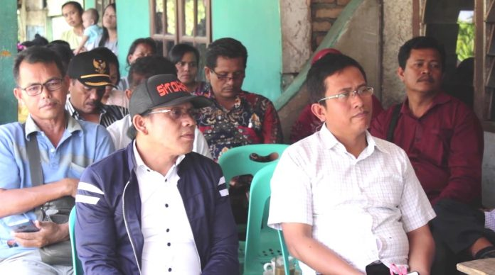 Haji Anton Tukar Pikiran Dengan Masyarakat Marihat Dolok